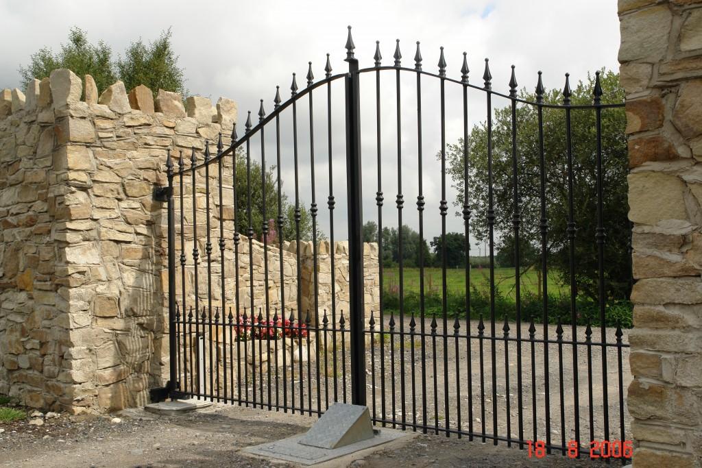 Gate Anti Ram 4